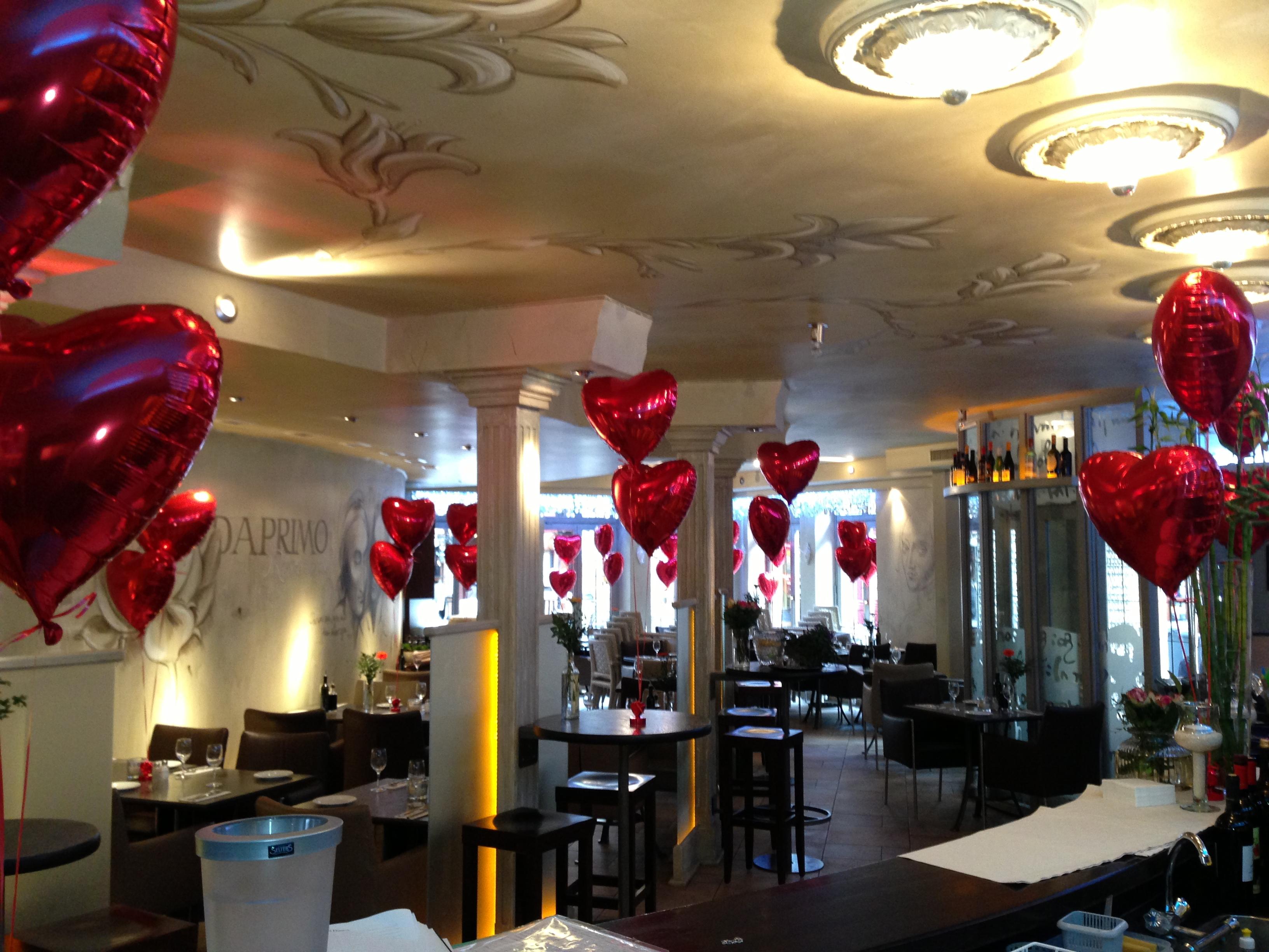 Sch n dekoration hochzeit schema for Partydekoration berlin